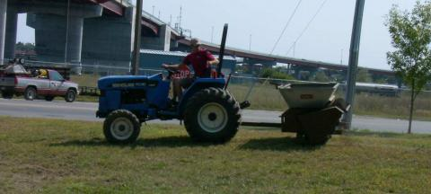 Tractor top dressing